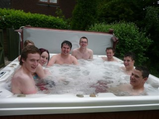 Gregs BBQ - Hot Tub Party