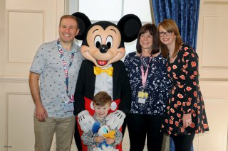 Disney Land Paris Wednesday Oct 2019 Family With Mickey Mouse