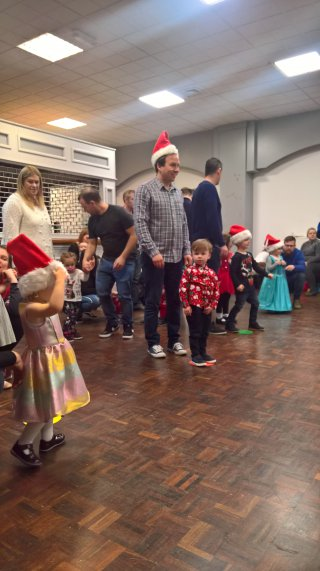 Ethan And I Relay Race Little Movers Christmas Party Dec 2018