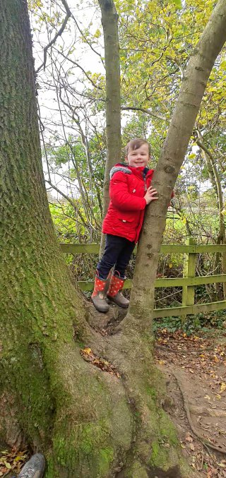 Ethan Burbage Woods Warner Family Walk Nov 2020