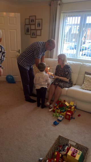 Ethan Cake Grandma Warners 80th Sept 2018
