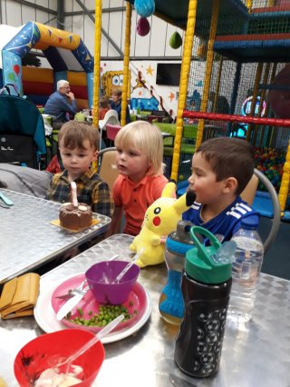 Lunch Ethans Manic Minors Birthday Party Nov 2018