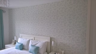 Wallpapering Oct 2016 Spare Room